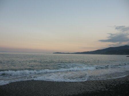 rich plum-御幸の浜の夕暮れ