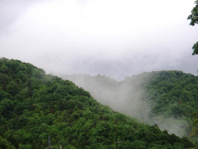 山にはガス110528
