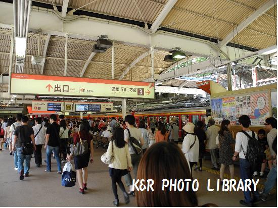箱根湯本駅ホーム