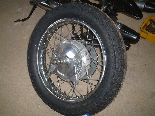 GT750 タイヤ新調