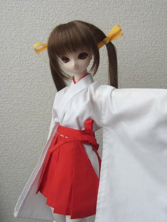 50ミニ丈巫女服01