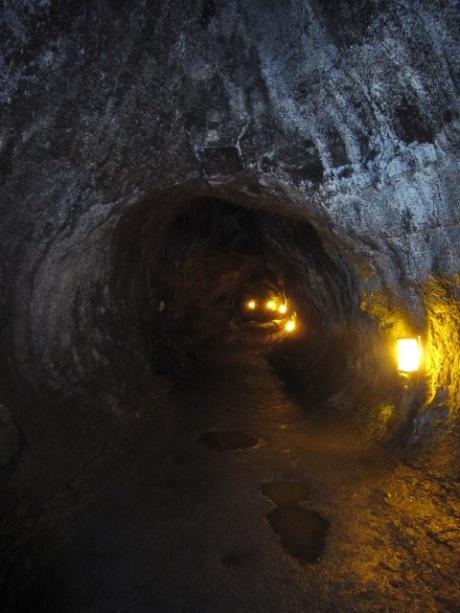 溶岩トンネルー4