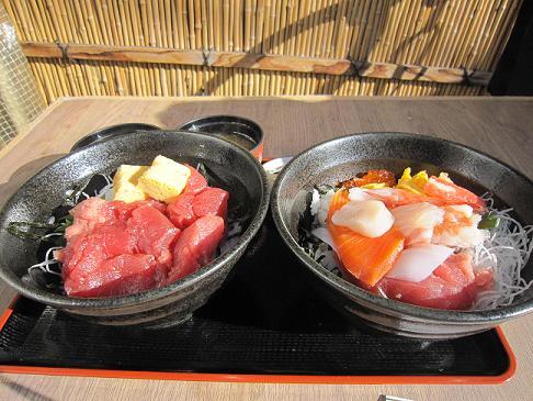 海鮮丼と中落ち丼、どちらも680円!