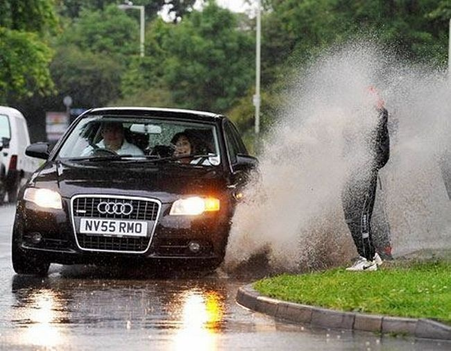 biggest-car-splashes1.jpg