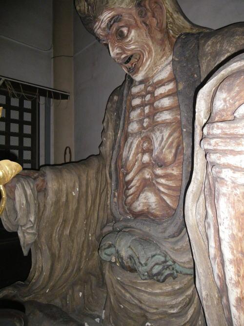 太宗寺 垂れ乳