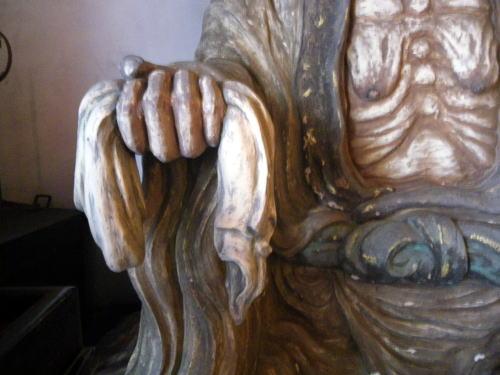 太宗寺 奪衣婆 手に持つ衣装
