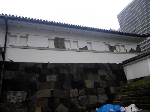 地震で壊れた大手門