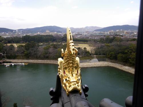 岡山城 天守閣から後楽園を望む