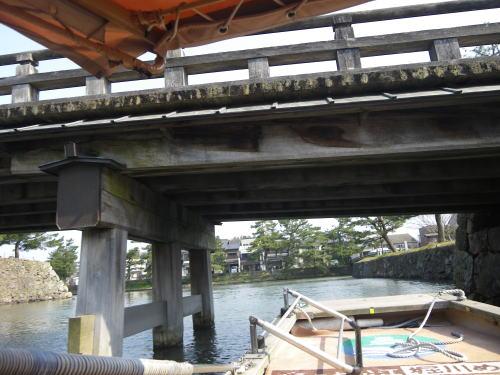 松江 堀川めぐり 橋の下