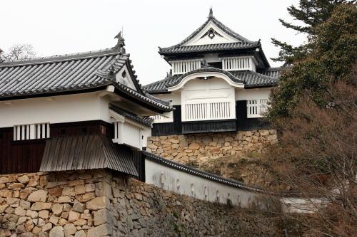 備中松山城 大手門から、天守閣を望む