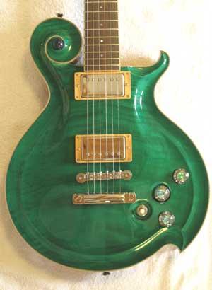 緑色エレキギター