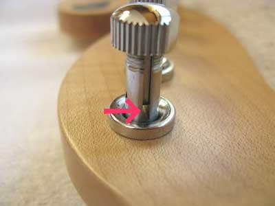 ギター弦張り