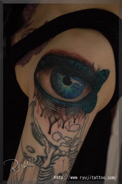 青い目 蝶 スカル TATTOO タトゥー 刺青