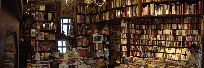 650px-03_Shakespeare_and_Company.jpg