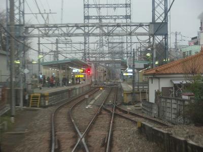 多摩川線多磨駅入線