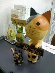 わのわの入り口にいる招き猫