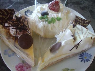 ケーキ食べ放題