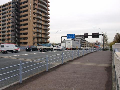 大森駅の近くの春日橋(かすがばし)の写真2