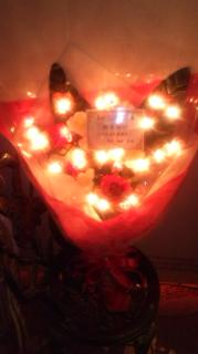 F田様から戴いた光るお花