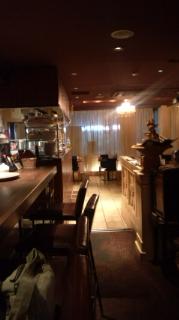 夜CAFE COVIT店内