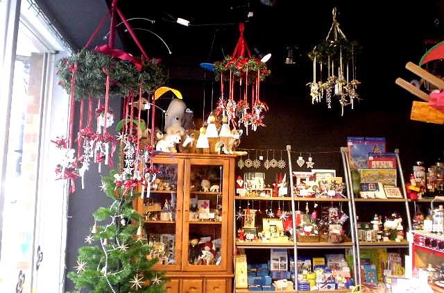 shopinchristmas.jpg
