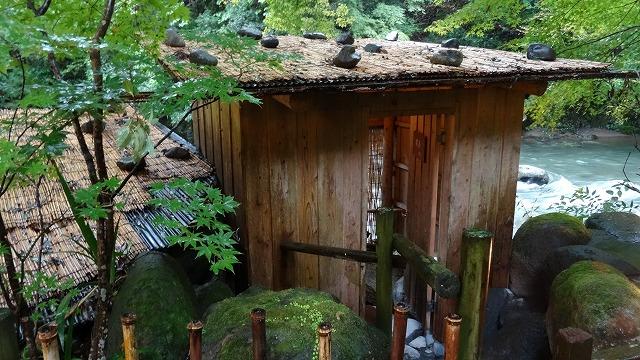川風呂小屋