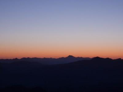 谷川岳夜明け前