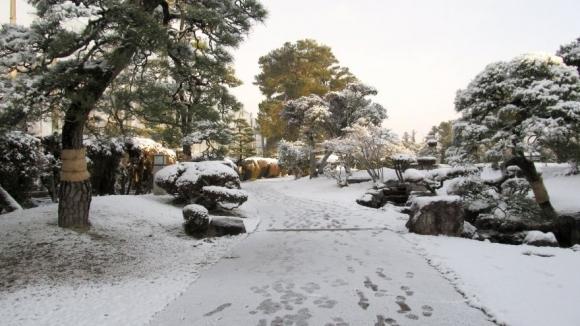 雪の衆楽園