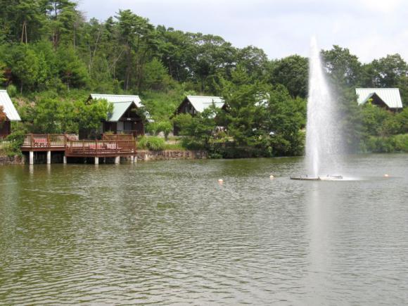 湖畔ロッジ