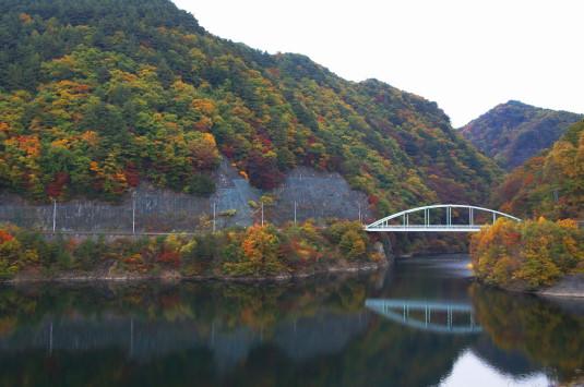 紅葉 みずがき湖 東
