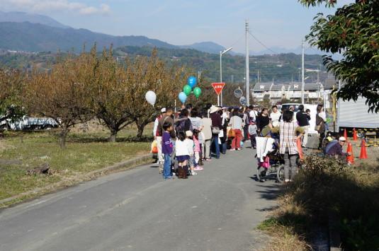 富士川祭り 気球待ち