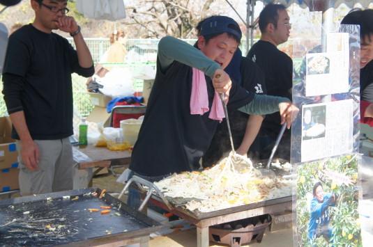 富士川祭り 富士川焼うどん 店