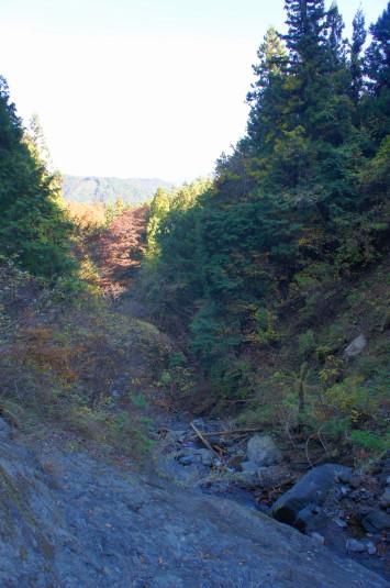 紅葉 大柳川渓谷 五段の滝 後ろ