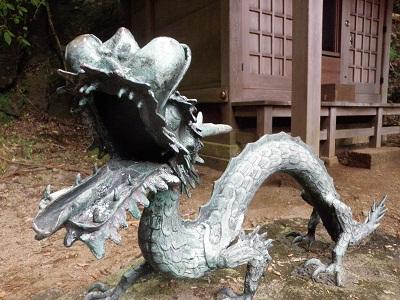 111030二重滝神社の龍
