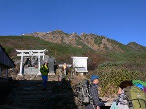 20神社と山