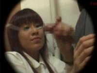 【手コキ動画】行列のできるJK手コキトイレ【nonktube】