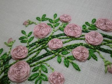 薔薇の刺繍4