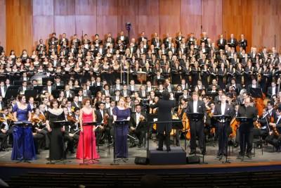 ドゥダメル「千人の交響曲」1