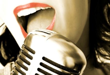Karaoke_ferraia_cagli_pesaro_cena.jpg