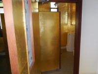 H250912黄金のトイレ
