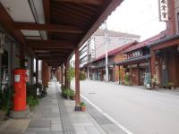 H250912飯山仏具店街