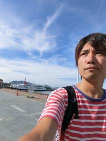 高松港とオラ
