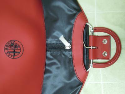 Alfa 8C Gament Bag 2