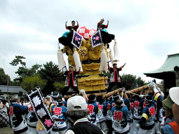 八幡神社の楠崎太鼓台
