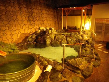 龍の湯 露天風呂