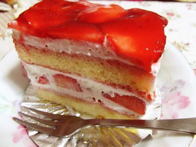 お誕生日ショートケーキ。