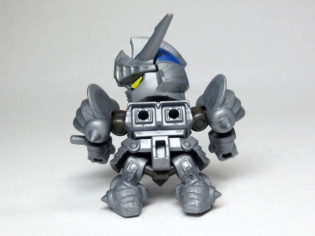 Gacha_NEXT_05_Knight_GUNDAM_Rar_07.jpg