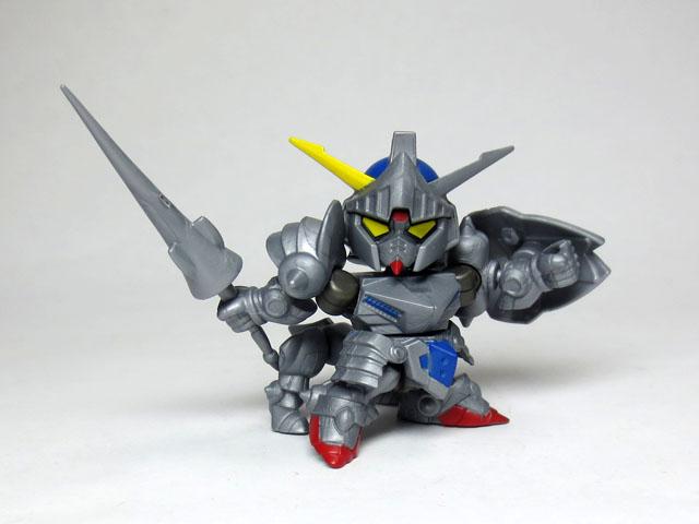Gacha_NEXT_05_Knight_GUNDAM_Rar_10.jpg