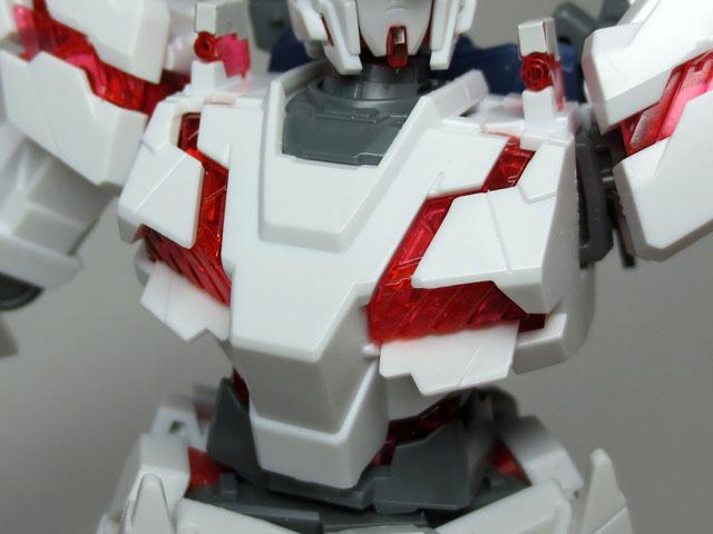 HGUC_RX_0_Unicorn__gundam_Destroy_27.jpg