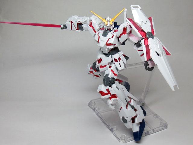 HGUC_RX_0_Unicorn__gundam_Destroy_37.jpg